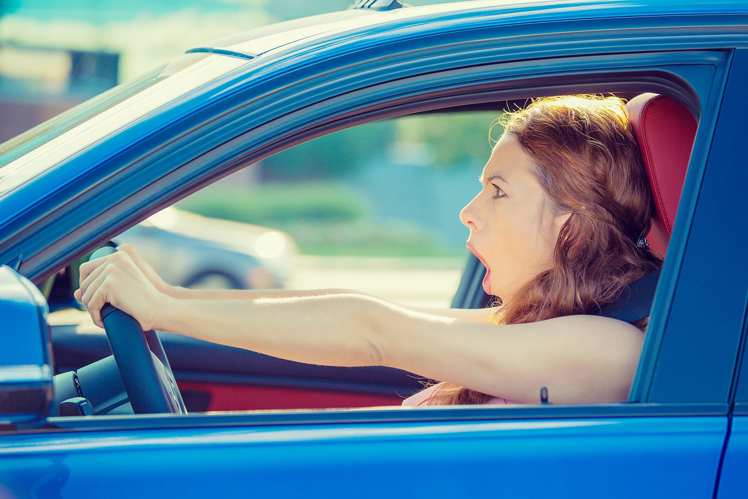 Autorijden met verminderd zicht: wat zegt de wet?